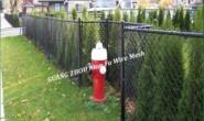 新型勾花网护栏—外国友人的忠实选择